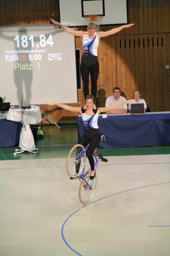 2er Kunstradfahren der Frauen
